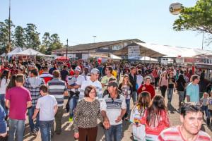 Domingo registrou o maior fluxo de público dos quatro dias da feira
